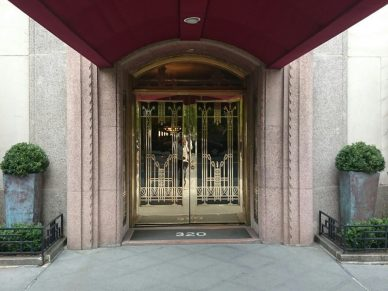 THE ARDSLEY 320 Central Park West Apt 7K, 6 rooms, 3 beds/2 baths - SOLD!
